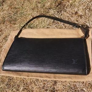 Louis Vuitton Moka Epi Leather